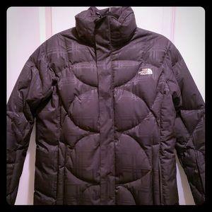 North Face SUPER WARM black on black coat EUC